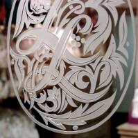 Acid Etched vs. Sandblasted Glass – What's the Difference?